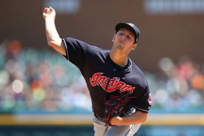 gettyimages 959239264 Bauer fans 10 as Indians blank Tigers 6 0