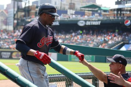 gettyimages 959240592 Bauer fans 10 as Indians blank Tigers 6 0