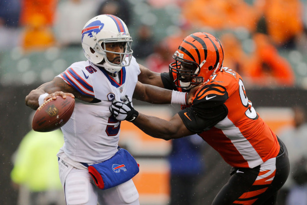 Geno Atkins #97 of the Cincinnati Bengals attempts to tackle Tyrod Taylor #5 of the Buffalo Bills during the third quarter at Paul Brown Stadium on October 8, 2017 in Cincinnati, Ohio.