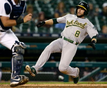 gettyimages 984839556 Lowrie, As Rally From 6 Down To Beat Tigers 9 7