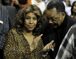 109016947 Latest: Jesse Jackson Visits Ill Aretha Franklin
