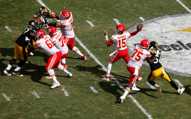 Patrick Mahomes #15 of the Kansas City Chiefs attempts a pass in the second half during the game against the Pittsburgh Steelers at Heinz Field on September 16, 2018 in Pittsburgh, Pennsylvania.