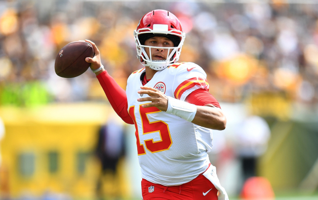 Patrick Mahomes #15 of the Kansas City Chiefs drops back to pass in the first quarter during the game against the Pittsburgh Steelers at Heinz Field on September 16, 2018 in Pittsburgh, Pennsylvania.