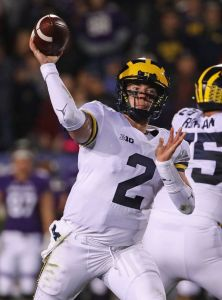 gettyimages 10431868581 No. 6 Michigan Up Against History At No. 24 Michigan State