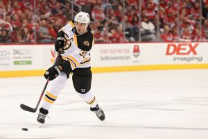 gettyimages 1045189972 Bruins Move Up Start Time Against Red Wings To Avoid Conflict With Red Sox