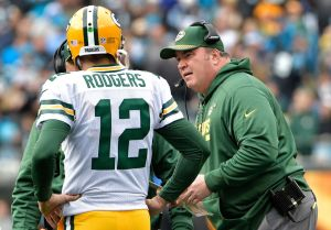 gettyimages 894270954 Rodgers, McCarthy Moving Forward To Get Packers Going