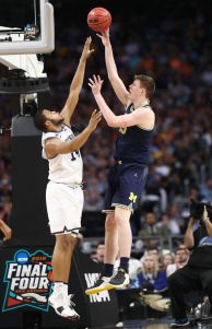 gettyimages 941188424 Teske Scores 13, No. 19 Michigan Beats Norfolk State 63 44