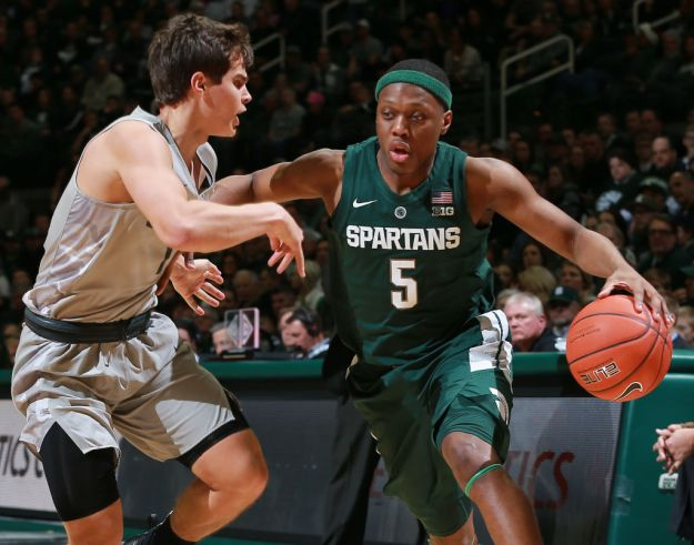 GettyImages 1074559274 The Spartans Take Care Of Grizzlies Behind Winstons 26