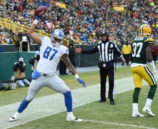 GettyImages 1088204524 Lions Crush Packers In Season Finale 31 0