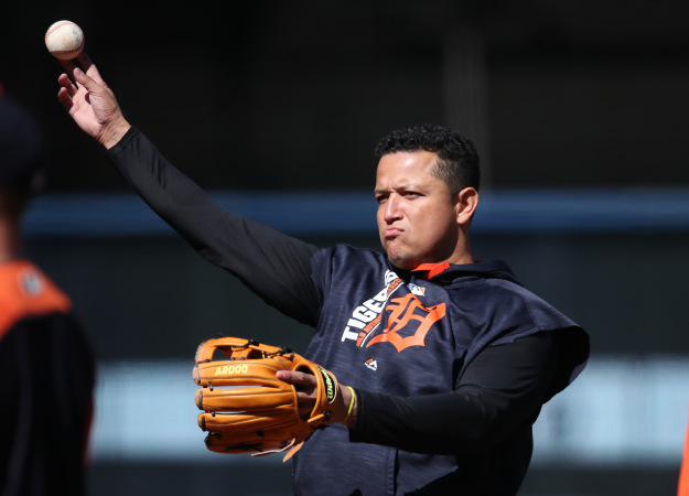 GettyImages 844994284 Miguel Cabrera To Be Limited In Spring Training After Biceps Surgery