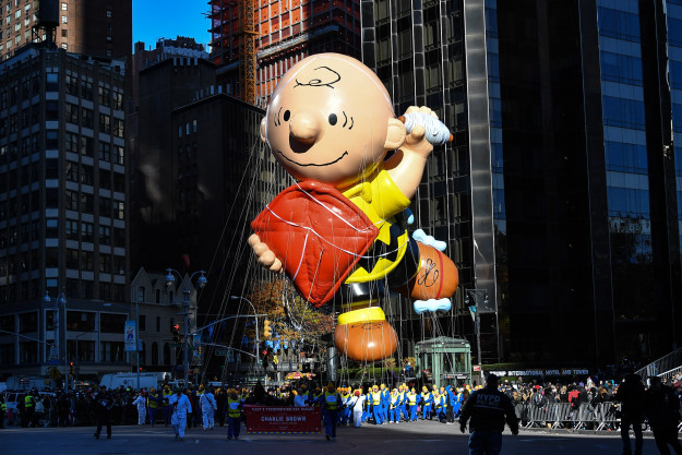 GettyImages 877926780 Charlie Brown & Peanuts' Gang To Stream On Apple