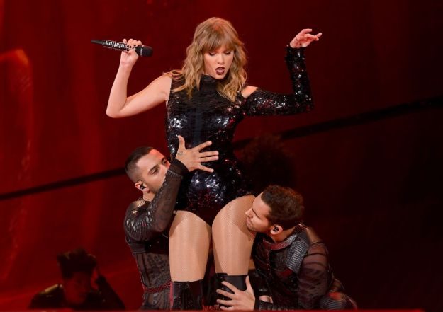 GettyImages 956299498 Murder Suspect Jumped On Stage At Taylor Swift Show