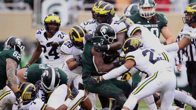 gettyimages 1052634380 cw dl 1025x576 MSU's LJ Scott Will Try His Luck In NFL Draft