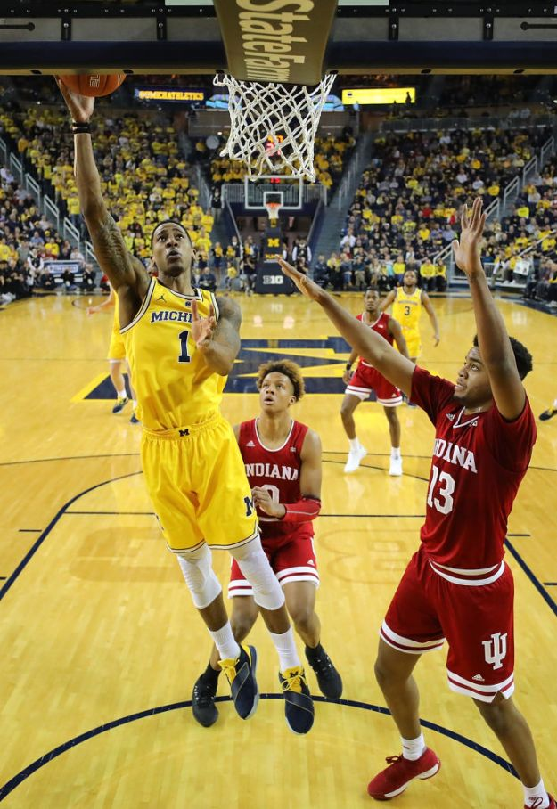 gettyimages 1090652230 Wolverines Stay Perfect With 74 63 Win Over Indiana