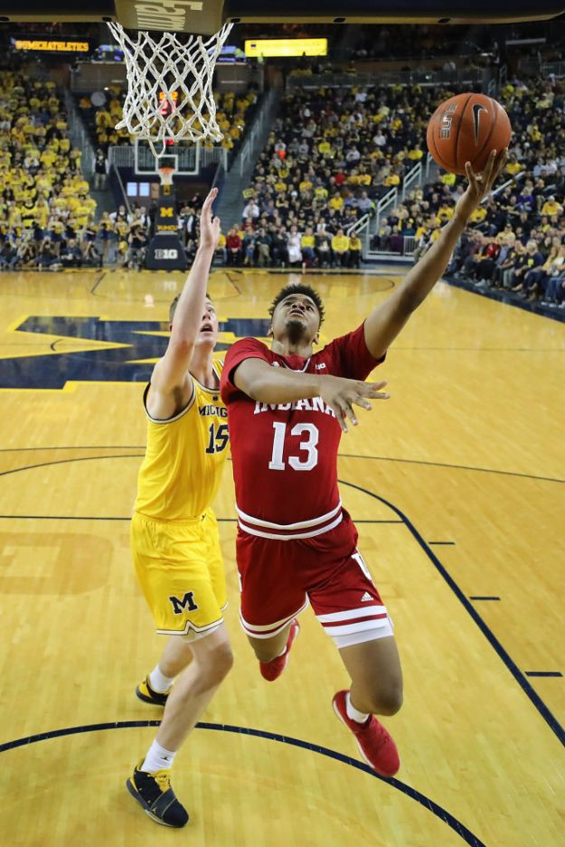 gettyimages 1090652432 Wolverines Stay Perfect With 74 63 Win Over Indiana