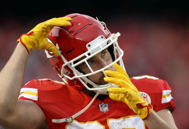 Tight end Travis Kelce #87 of the Kansas City Chiefs warms up prior to the game against the Oakland Raiders at Arrowhead Stadium on December 30, 2018 in Kansas City, Missouri.